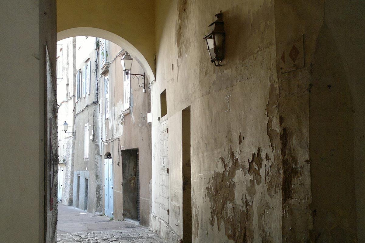 Rue Du Portone